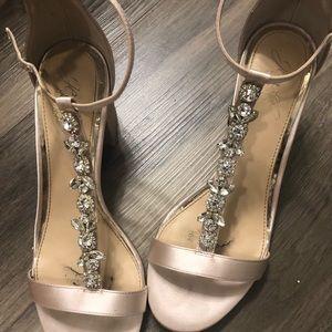 Jewel badgley mischka satin shoes size 7